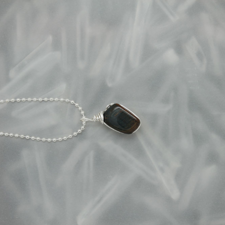 Blue Tiger Eye Stone Necklace 3172