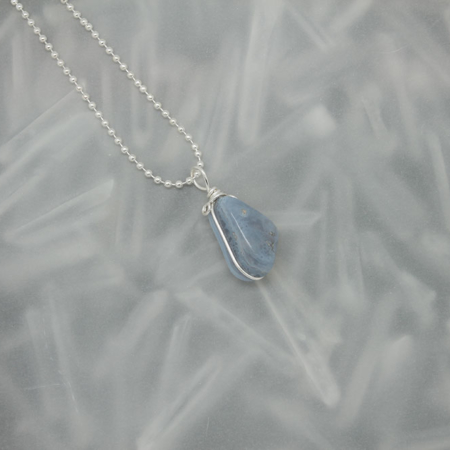 Blue Lace Agate stone necklace 3173