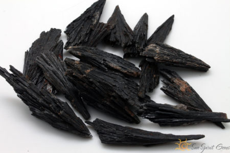 Kyanite-Black-Rough